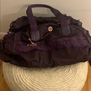 Plum lululemon weekend warrior duffel bag